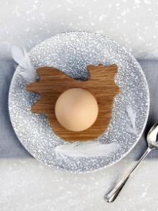 Hen egg cup