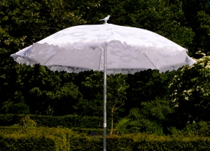 Sywawa Shadylace while parasol, £280