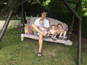 Sonny Jim, Gary Pearson, cousins
