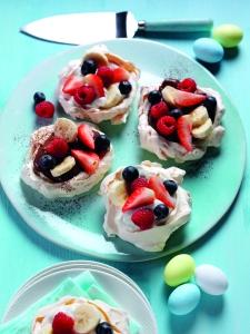 mini pavlovas, Katy Pearson, British Lion eggs, recipe